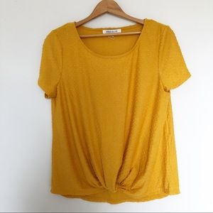 Rose & Olive Gold Textured Short Sleeve Tee Size L
